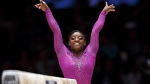 la-sp-simone-biles-gymnastics-world-championships-20151101